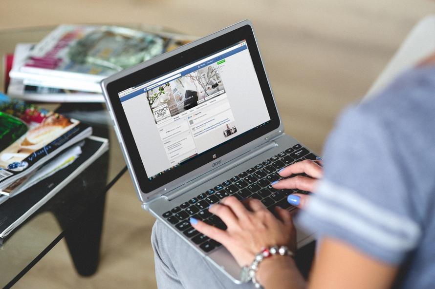 video testimonials into ads on facebook